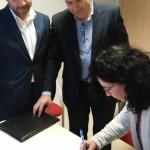 Entrega cheque Mallorca Feelings a Abaimar