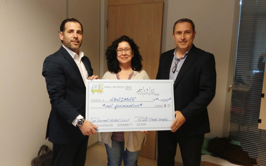 MallorcaFeelings hace entrega de un cheque solidario a Abaimar